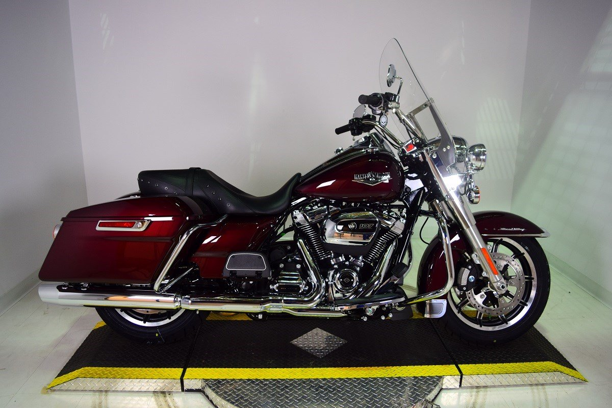 New 2018 Harley-Davidson Road King FLHR Touring in Taylor ...